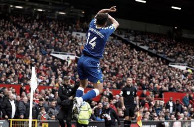 Townsend imita la celebración característica de Ronaldo tras igualar el choque. Vía: Premier League.