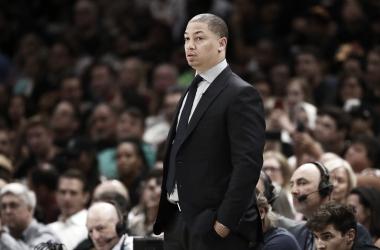 Tyronn Lue, nuevo entrenador de los Clippers