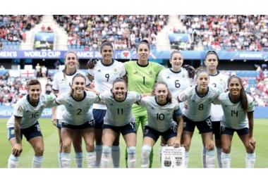Alineación de Argentina frente a Inglaterra | Fuente: FIFA