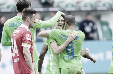 Primer triplete en la carrera de Josip Brekalo | Foto: @VfL_Wolfsburg