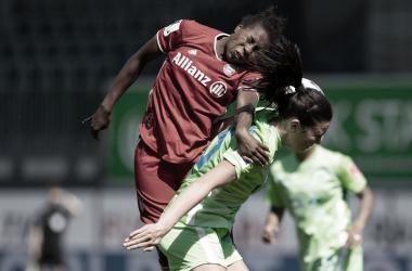 Partido disputado por la cima de la liga | @FCBfrauen