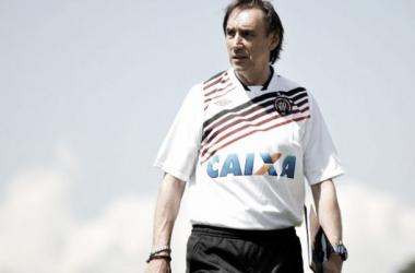 Miguel Ángel Portugal promete time ofensivo para partida da Libertadores