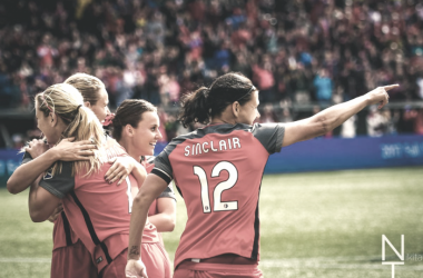 Christine Sinclair, Lindsay Horan, Emily Sonnett and Hayley Raso | Photo: Nikita Taparia, stepoverfc.com
