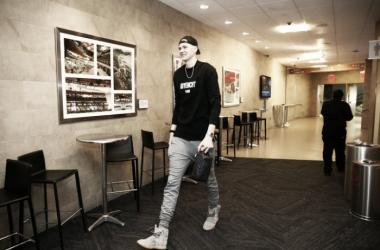 """Kristaps Porzingis sobre la lesión: """"No creo que sea tan grave"""""""