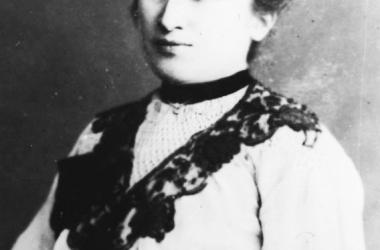 Fotografía de 1915 de Rosa. Fuente: Wikicomons