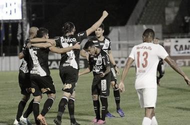 Ponte Preta recebe Bragantino para continuar sonhando com vaga na Série A