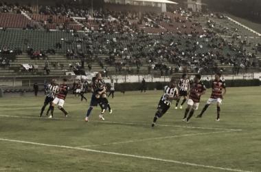 Precisando de uma vitória para garantir título, Atlético-GO recebe desesperado Tupi