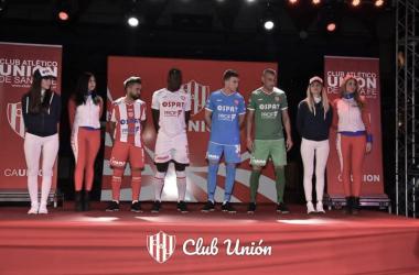 La nueva indumentaria que usará Unión esta temporada. Foto: sitio oficial Unión de Santa Fe.