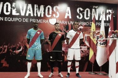 El día de la presentación de las camisetas. Fotografía: Rayo Vallecano S.A,D