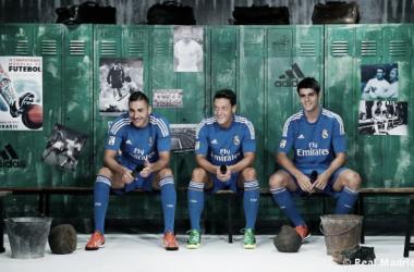 El Real Madrid y Adidas presentaron la nueva 2ª equipación del conjunto blanco