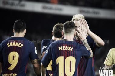 El FC Barcelona celebrando un gol ante el Málaga CF. Foto: Noelia Déniz, VAVEL