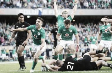 Foto: el medio scrum Conor Murray festeja el triunfo de Irlanda ante Nueva Zelanda, hace dos semanas en Chicago. ¿Se repetirá esta tarde en Dublín? Crédito: The Telegraph.