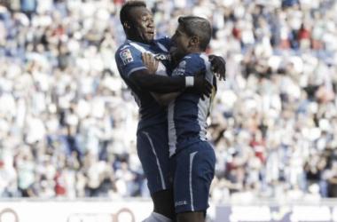 Caicedo y Salva Sevilla celebran el primer gol de la temporada 2015/16. Imagen: RCD Espanyol.