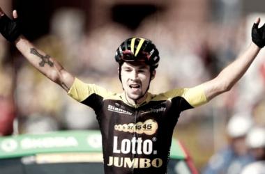 Primoz Roglic ha conseguido alzar los brazos en su primer Tour de Francia | Foto: Twitter @IndoSport