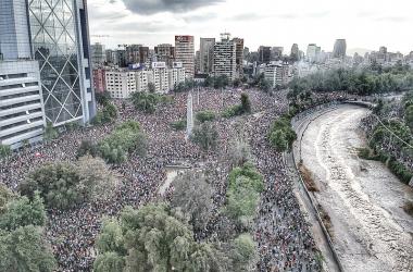 Continúan las protestas en varios países de Sudamérica