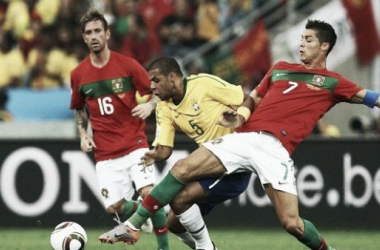 Portugal x Brasil foi o grande jogo da fase de grupos no Mundial de 2010 (Foto: AFP)