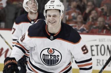 Puljujarvi con los Oilers | Foto: NHL.com