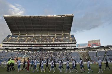 Los Pumas en su visita a Puebla en el Apertura 2014 (Foto: Mediotiempo)