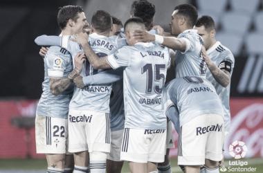 Los jugadores del Celta de Vigo hacen piña para celebrar un gol | Imagen: LaLiga