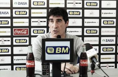 Rueda de prensa de José Luis Ribera. FOTO: Real Unión