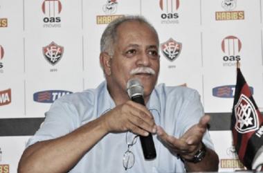 Vitória demite Raimundo Queiroz após perda do Campeonato Baiano