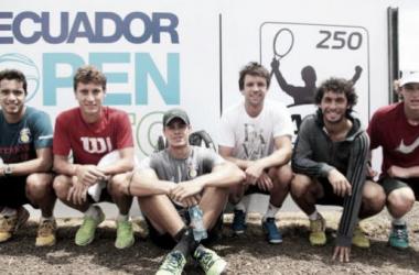 Foto: el marplatense Horacio Zeballos junto a otros participantes en la presentación del torneo. (El Comercio).