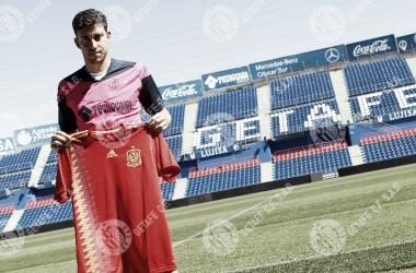 Jaime Mata posando con la Roja   Foto Getafe