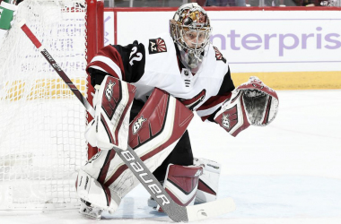 Starting goalie Antti Raanta may be lost for the season after surgery. | (Photo: nhl.com)