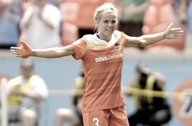 Rachel Daly for the Houston Dash l Photo: WilfThorne/ isiphotos.com