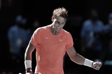 "<p style=""margin-bottom: 0cm; color: rgb(0, 0, 0); font-size: medium; font-style: normal; text-align: start;""><font size=""4""><b>Rafael Nadal. Foto @AustralianOpen</b></font></p>"