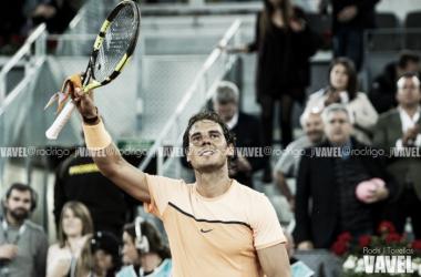 Rafa Nadal celebra una victoria en el pasado Masters 1000 de Madrid. Foto: Rodrigo Jiménez Torrellas