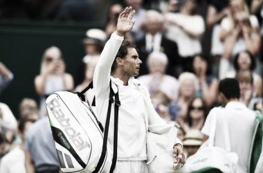 Rafa Nadal se despide del público tras caer ante Djokovic. Foto: zimbio.com