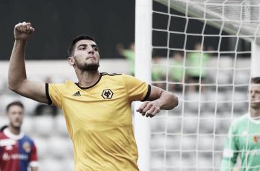 Rafa Mir durante un amistoso el pasado 10 de julio contra el Basilea | Foto: Wolverhampton