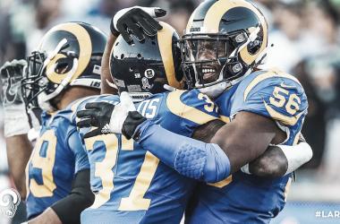 Jugadores de los Rams festejando la victoria. (foto Los Angeles Rams)