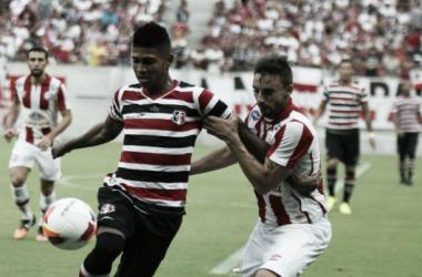 Raniel marcou seu primeiro gol como profissional na rodada passada do Pernambucano (Foto: Antônio Melcop/Santa Cruz)