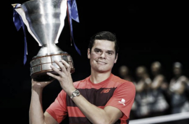 Milos Raonic holds the trophy at the end of last year's St. Petersburg Open. Photo: Dimitry Lovetsky/AP
