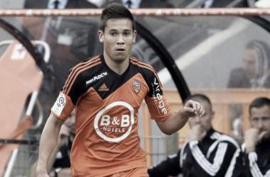 Lateral goleador: Raphael Guerreiro marca o 7º golo na Ligue 1