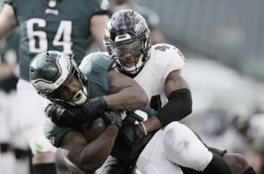 Titans invictos e primeiras vitórias dos Giants e Falcons: os jogos das 14h do domingo de NFL