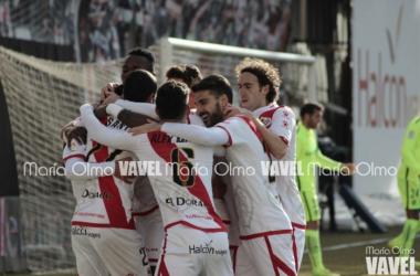 Almería y Rayo, dos de los equipos más en forma de Segunda