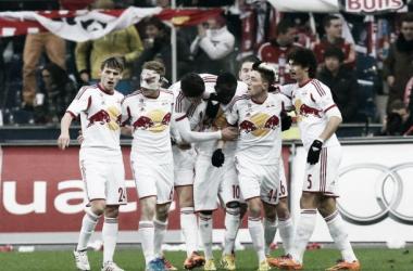 Red Bull Salzburg surpreende e goleia Bayern em amistoso internacional