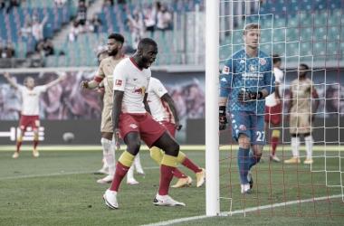 Com retorno do público ao estádio, RB Leipzig vence Mainz na estreia da Bundesliga