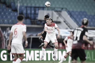 Düsseldorf se recupera no fim e busca empate heroico com RB Leipzig