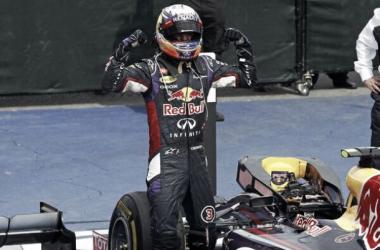 Daniel Ricciardo, dont le sourire dépasse son casque à la fin du Grand Prix du Canada qu'il vient de remporter. Credits photos: @EurosportCom_EN on twitter.