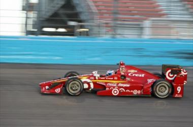 Scott Dixon at Phoenix International Raceway | Photo: Richard Dowdy / INDYCAR