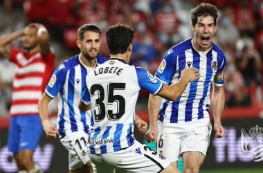 Aritz Elustondo celebra uno de sus goles en Los Cármenes | Foto: Real Sociedad