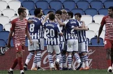Real Sociedad vence Granada com absoluto domínio e se mantém na liderança de LaLiga