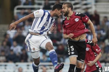 Precedentes de la Real frente al Deportivo Alavés en Anoeta