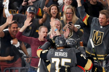 Ryan Reaves celebrates a third period goal by linemate Tomas Noesk. (Photo:Associated Press)