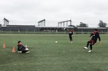 Con Fernández de fondo, Unión en el arco. Foto: Club Atlético Unión.