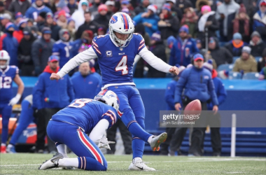 Stephen Hauschka in action for the Buffalo Bills (Photo: Tom Szczerbowski/Getty Images)